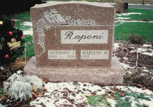 raponi-monument
