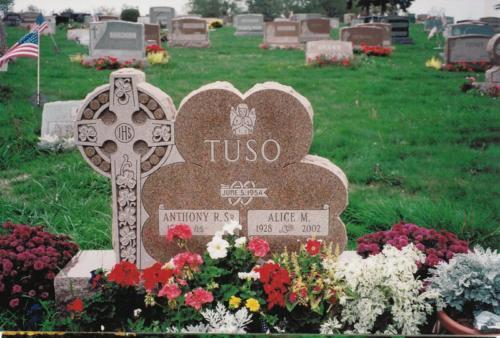 tuso-monument